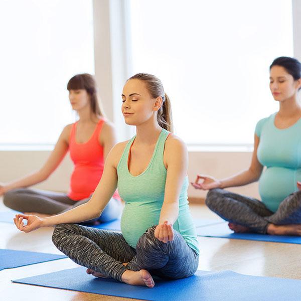 Yoga-in-der-Schwangerschaft